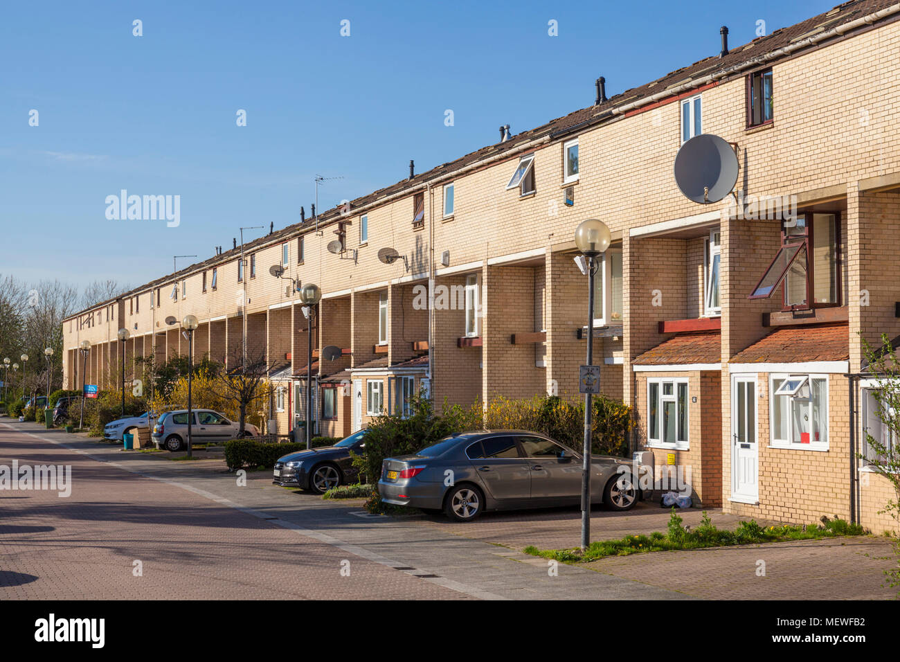 Milton Keynes England milton keynes houses central milton keynes buckinghamshire england gb uk europe - Stock Image
