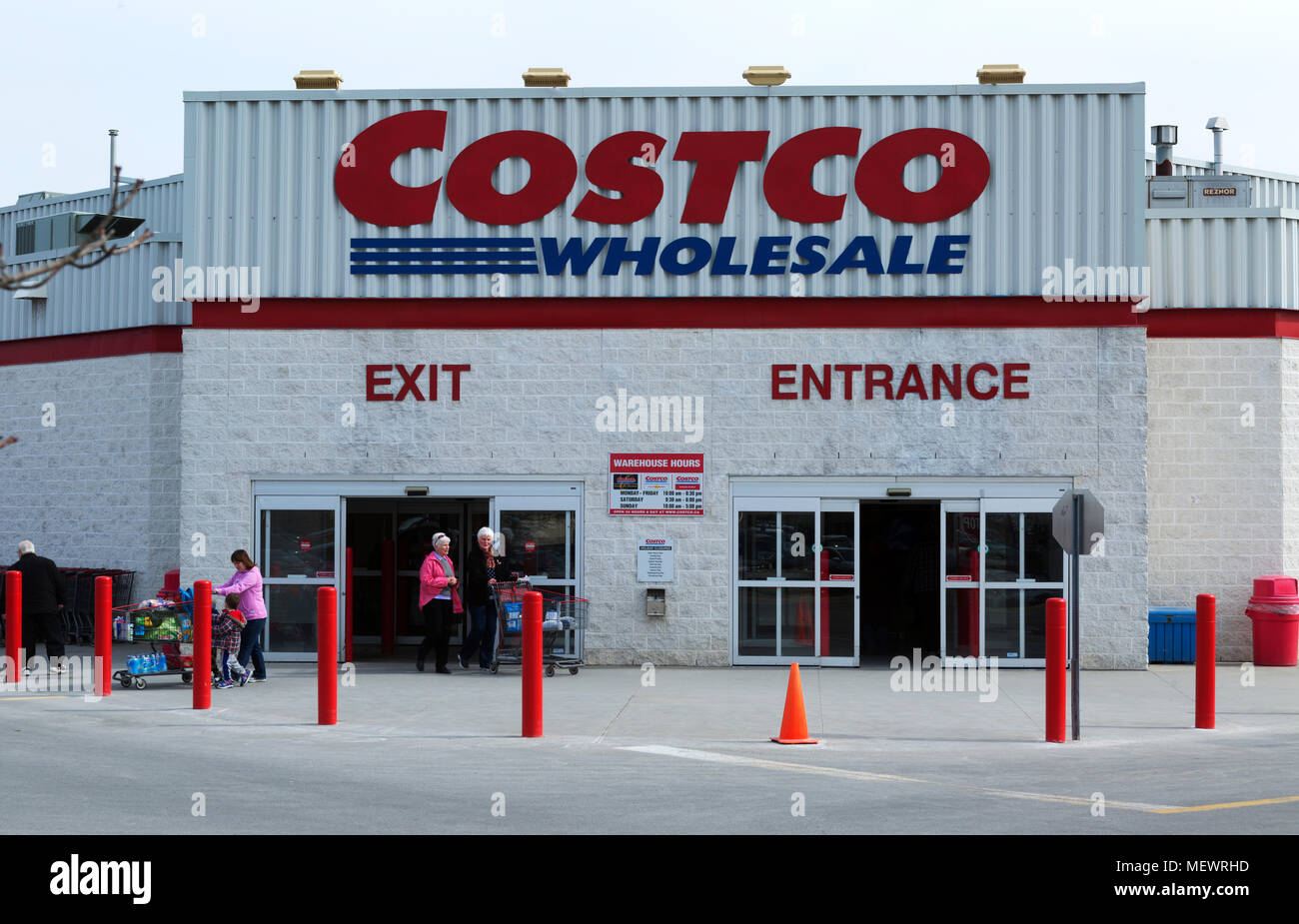 Entrance and Sign of Costco Wholesale Store Stock Photo: 181276185 ...