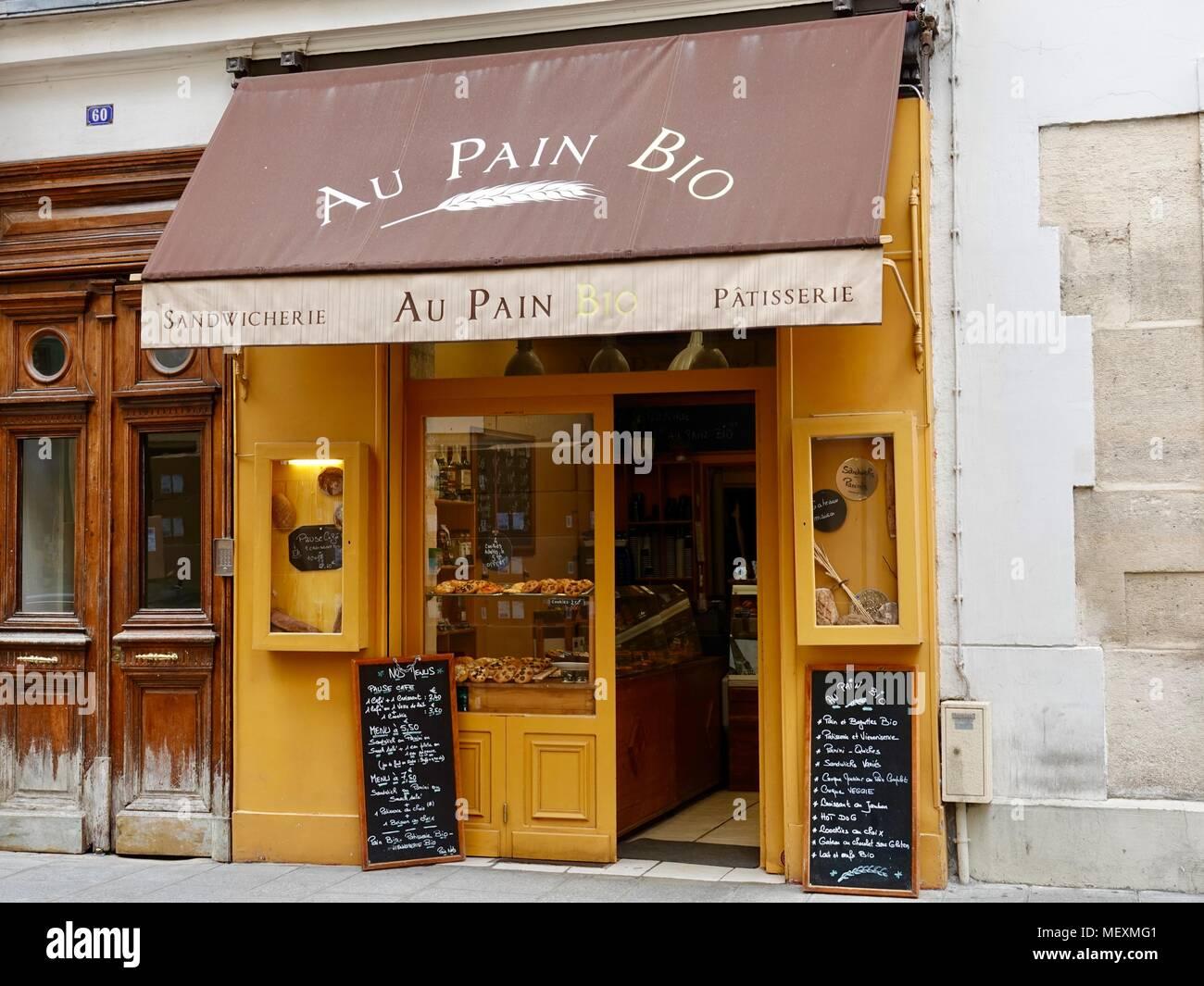 Au Pain Bio, bakery on the Ile Saint-Louis, Paris, France. - Stock Image