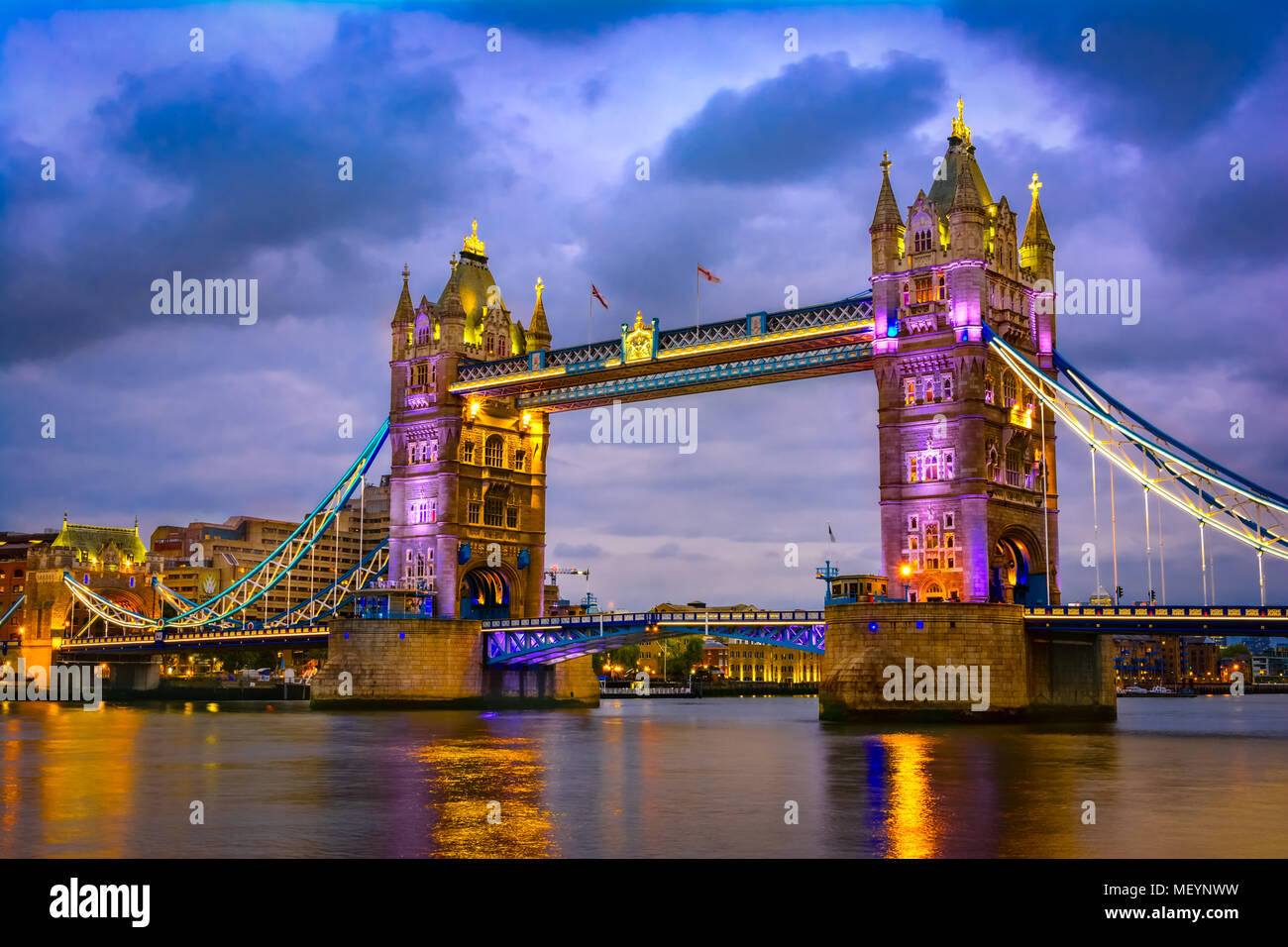 London, The United Kingdom of Great Britain: Night view of the Bridge Tower after sunset - Stock Image