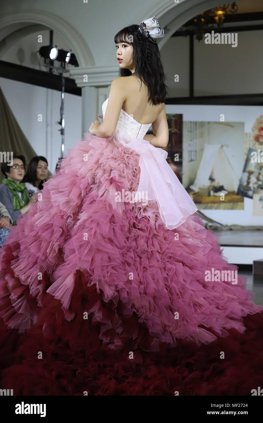 Lujo Boda Vestidos De Topeka Ks Composición - Colección del Vestido ...