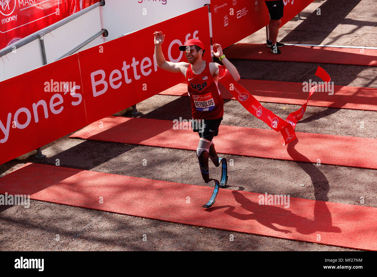 Brian REYNOLDS from USA wins Para-athletics Marathon World Cup for men para-athletes with lower limb impairments during the Virgin Money London Marathon in London, England on April 22, 2018. - Stock Image