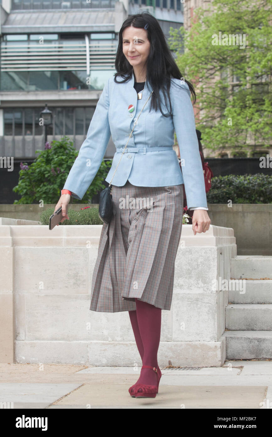 London UK. 24th April 2018. Artist Gillian Wearing arrives  in Parliament Square at the unveiling of the statue  she created  for Suffragist  leader Millicent Fawcett who campaign for Women's rights Credit: amer ghazzal/Alamy Live News - Stock Image