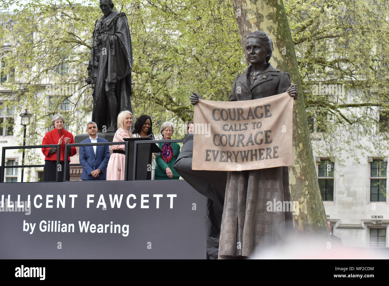 Parliament Square, London, UK. 24th April 2018. The first statue of a woman in Parliament Square of the suffragist Millicent Fawcett by artist Gillian Wearing is unveiled. Credit: Matthew Chattle/Alamy Live News - Stock Image