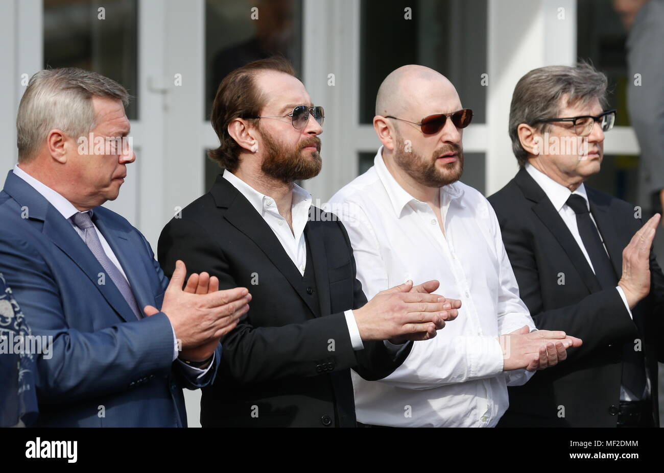 Who dressed the Russian national team in suits a la Buba Kastorsky
