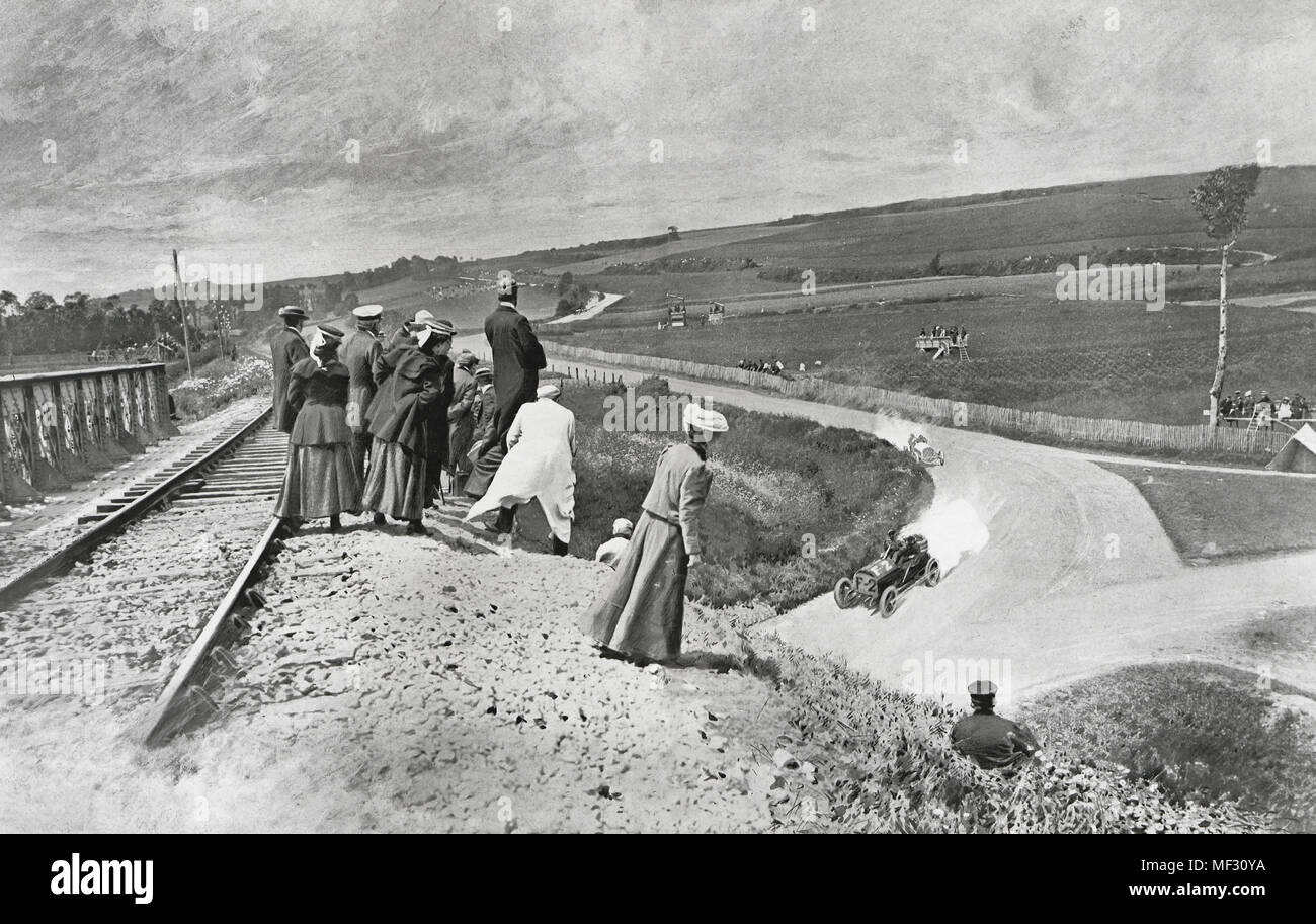 The Grand Prix of the Automobile. on the Seine-Inferieure circuit, circa 1910 - Stock Image