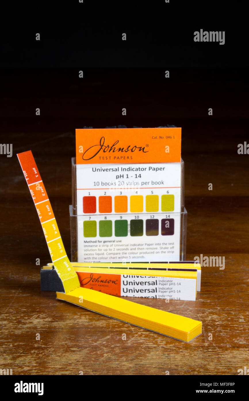 A small box of Johnson Universal Indicator test paper books as used in a UK secondary/high school. - Stock Image