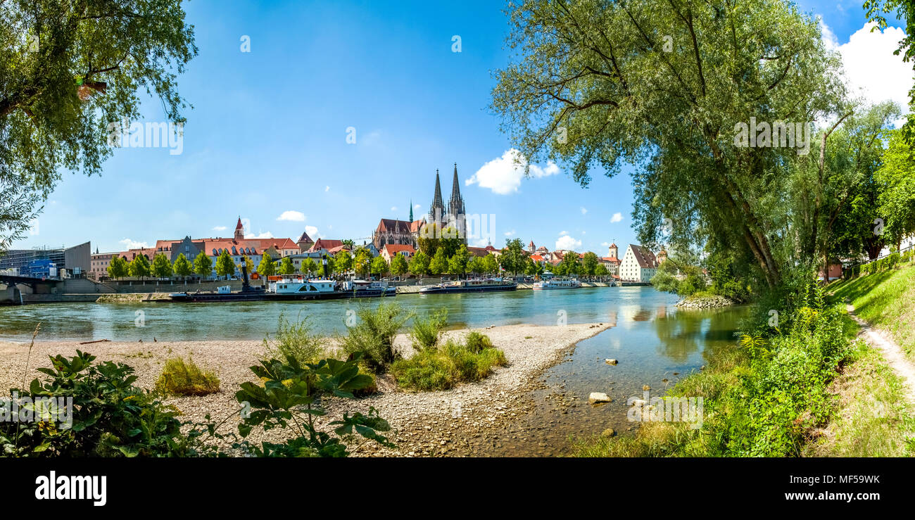 Germany, Regensburg, view to the old town with cathedral and Danube River in the foreground - Stock Image