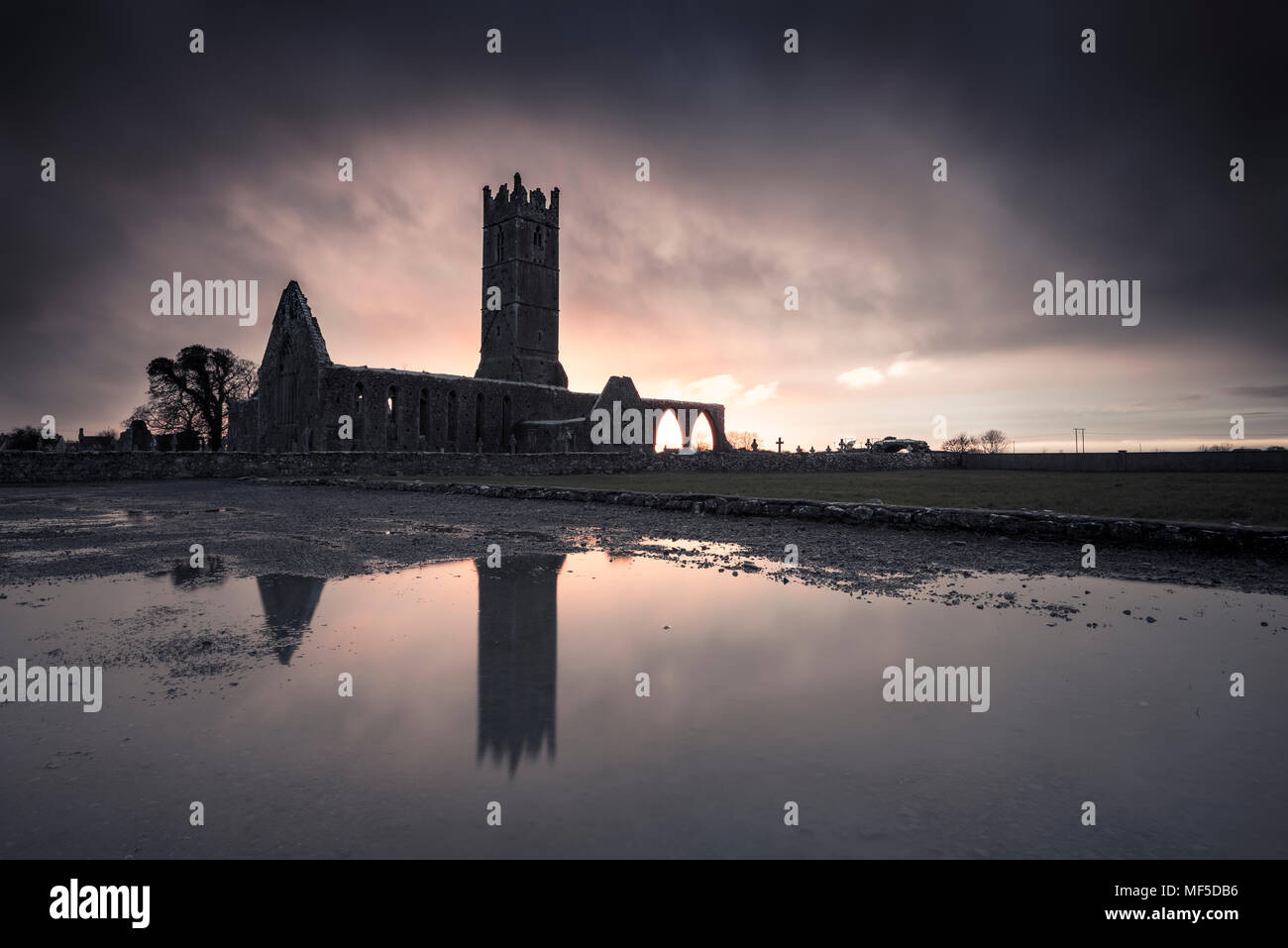 Ireland, abandoned church ruin - Stock Image