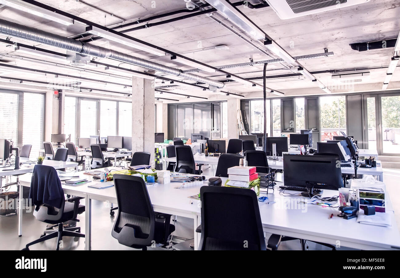 Modern open-plan office - Stock Image