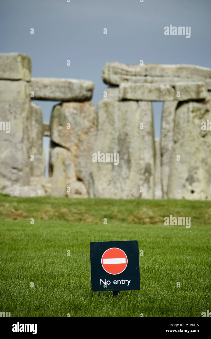 no entry signs in front of Stonehenge wiltshire england uk Tourists are kept back a distance from the stones themselves - Stock Image