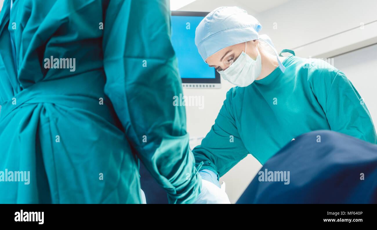 Anesthesia Monitoring Stock Photos Amp Anesthesia Monitoring