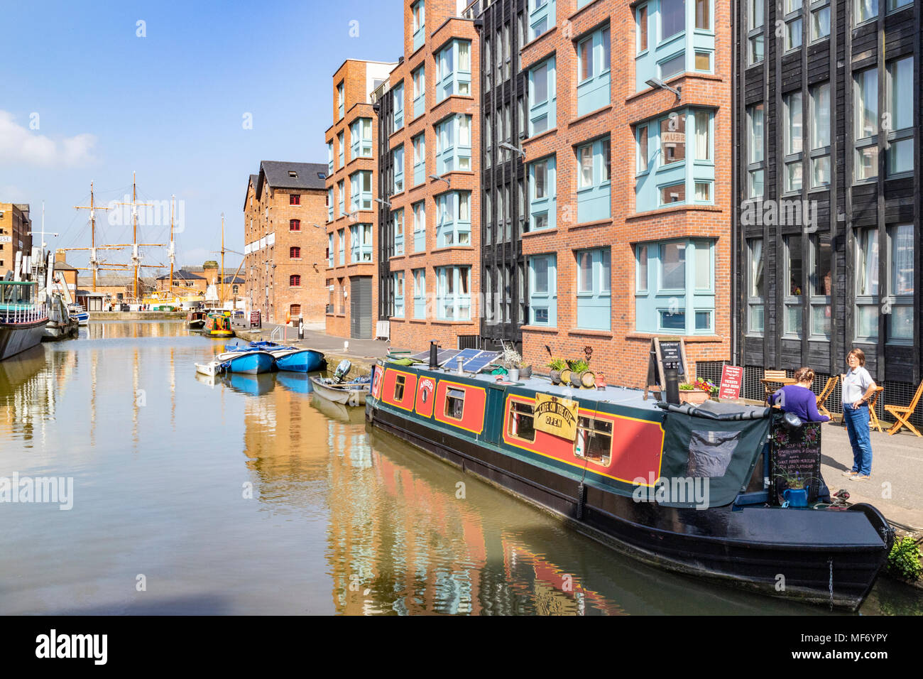Cafe on the Cut in a longboat at Gloucester Docks, Gloucester UK - Stock Image