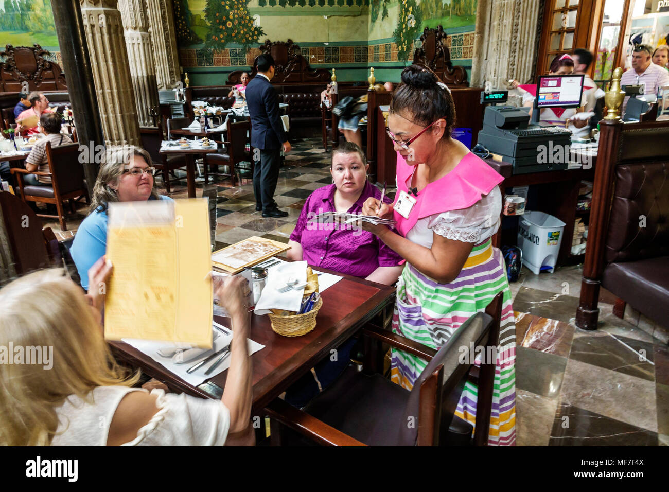 Mexico, Mexico City, Ciudad de, Federal District, Distrito, DF, D.F., CDMX, Mexican, Hispanic Hispanics Latin Latino Latinos ethnic ethnics minority m Stock Photo