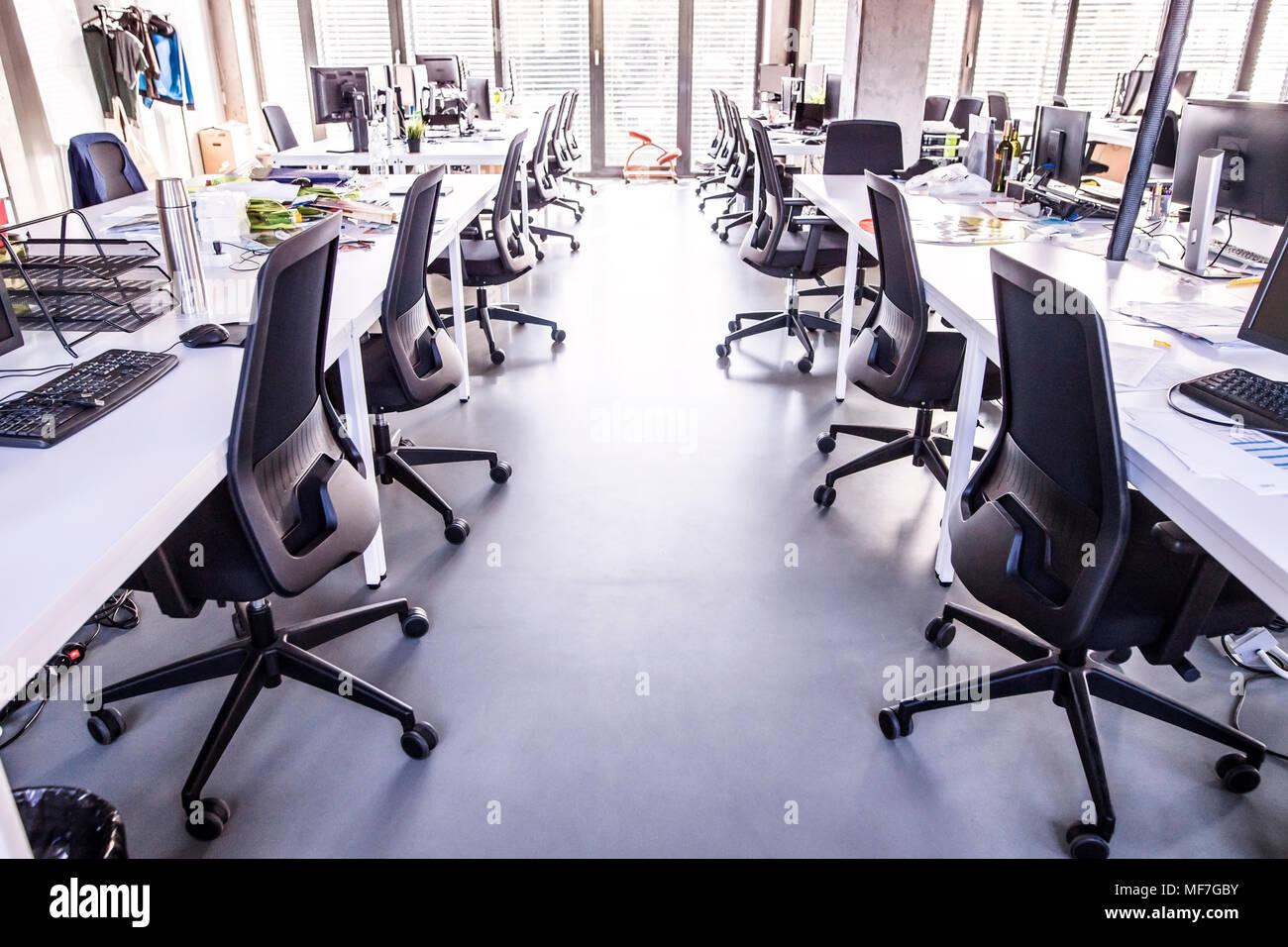 Modern open-plan office - Stock Image