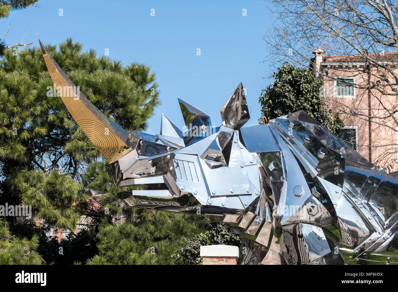 """""""King Kong Rhino'' by Taiwanese artist Li-Jen Shih being exhibited at the Biennale gardens in venice, Italy, 2018 - Stock Image"""