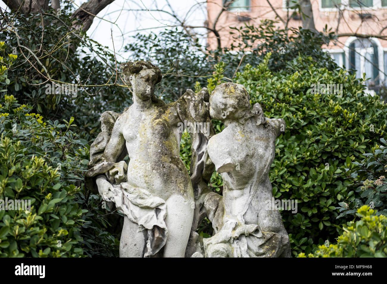 Statue of lovers at Giardini della Biennale, venice, Italy - Stock Image