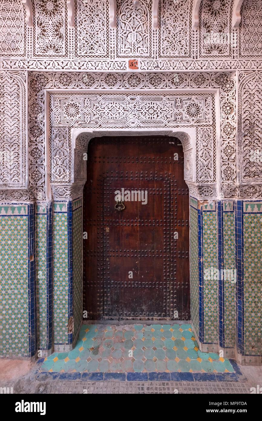 Ornate Moorish Moroccan Doorway in the Souks, Marrakech, Morocco - Stock Image