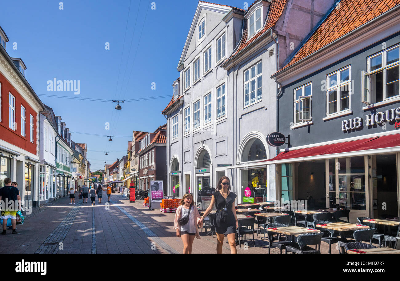 Stengade, popular pedestrian shopping and restaurant street in the old town centre of Helsingør, Zealand, Denmark - Stock Image