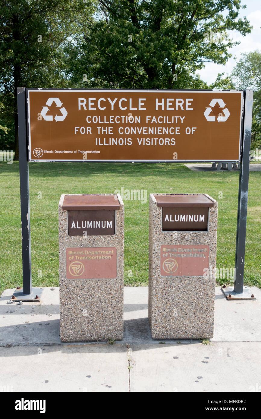 Aluminum Recycling Stock Photos & Aluminum Recycling Stock Images ...