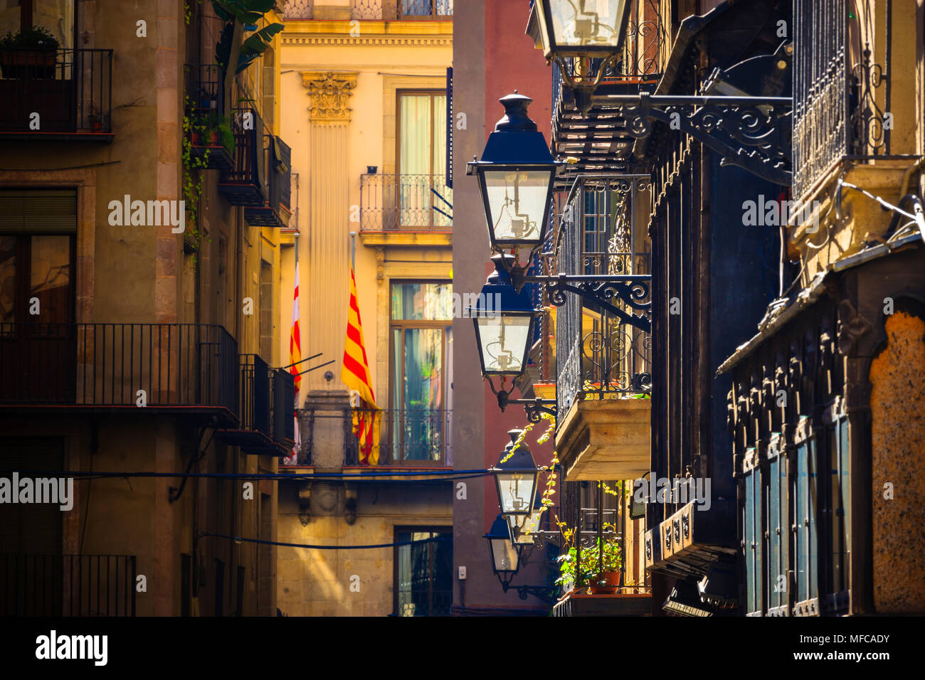Typical small street (Nr) Placa del Rei Barri Gotic Barcelona Catalonia Spain - Stock Image