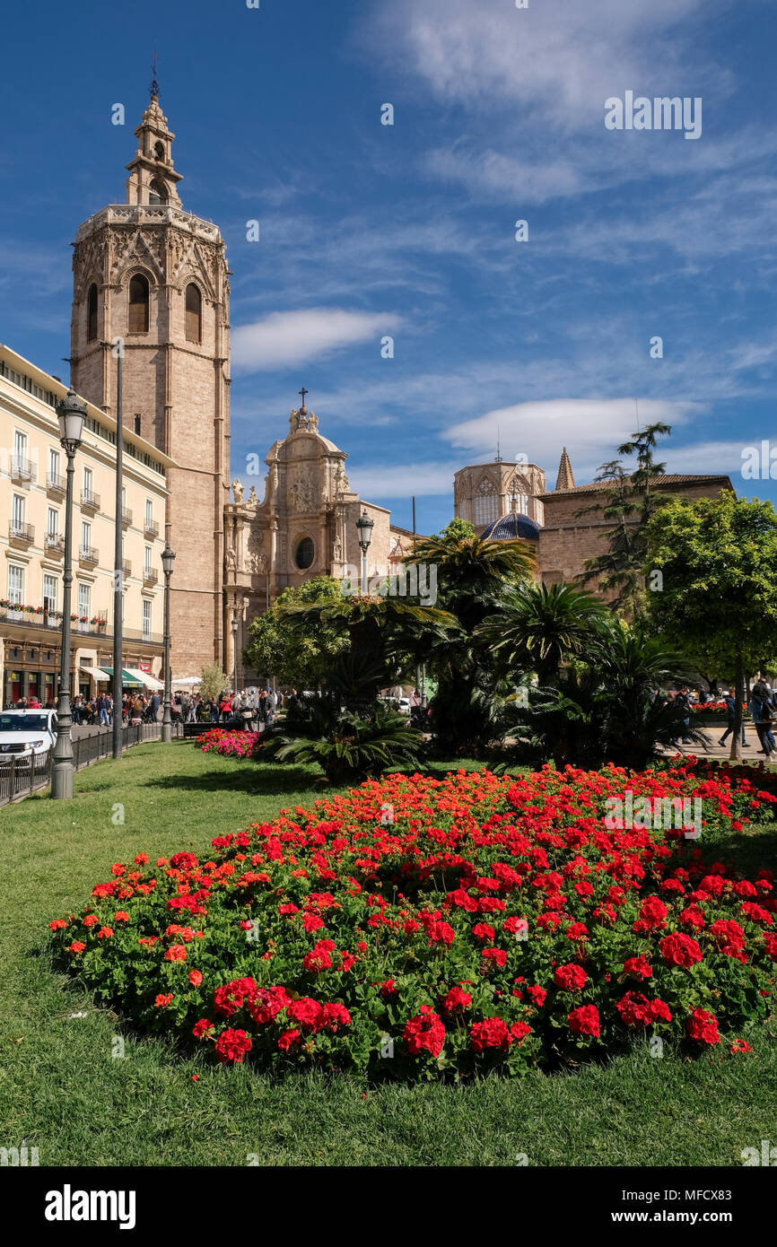The landmark Miguelete Bell Tower, part of Valencia Cathedral, Plaza de la Reina, Valencia, Spain Stock Photo