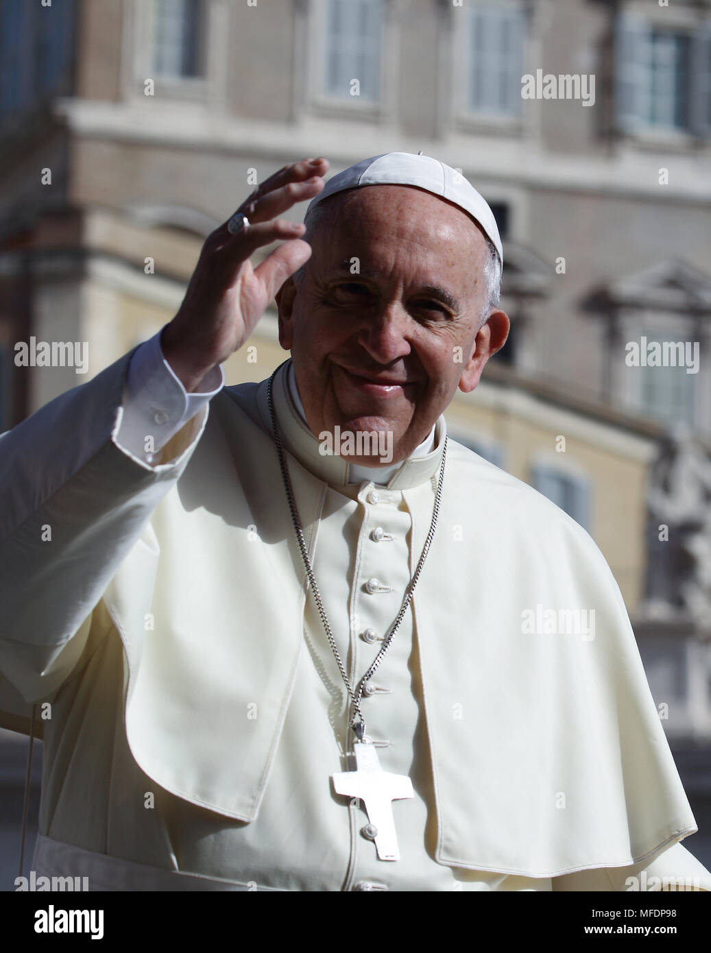 9241a0710342 Pope Francis Smiling Stock Photos   Pope Francis Smiling Stock ...