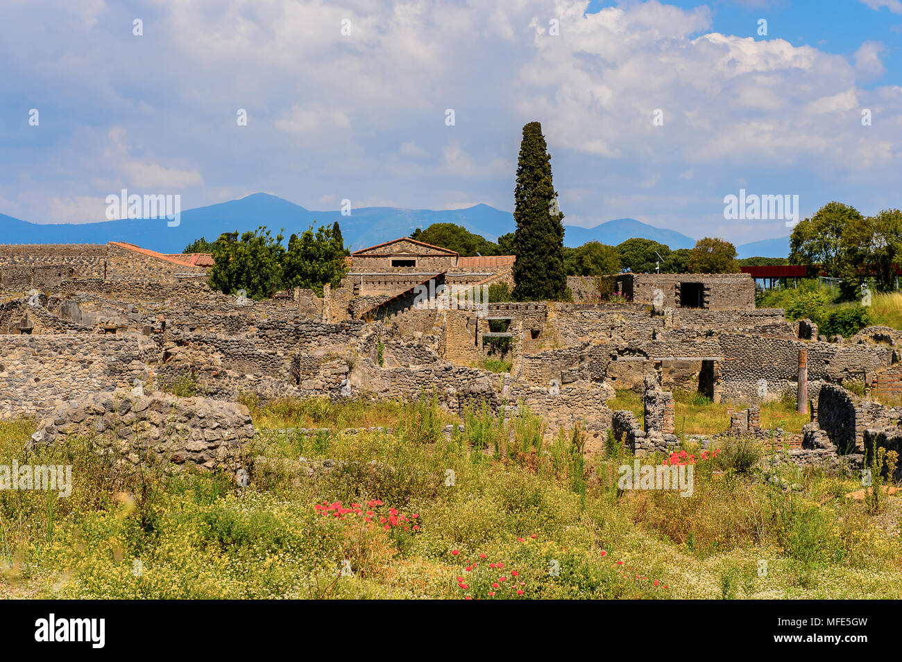 Destroyed architecture of Pompeii, an ancient Roman town destroyed by the volcano Vesuvius. UNESCO World Heritage site - Stock Image
