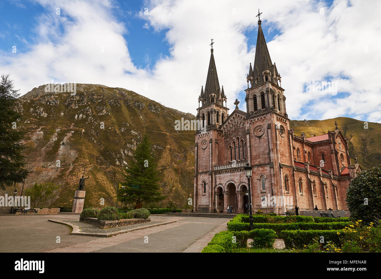 Scenic view of the Basílica de Santa María la Real de Covadonga in Cangas de Onís (Picos de Europa National Park, Asturias, Spain) - Stock Image