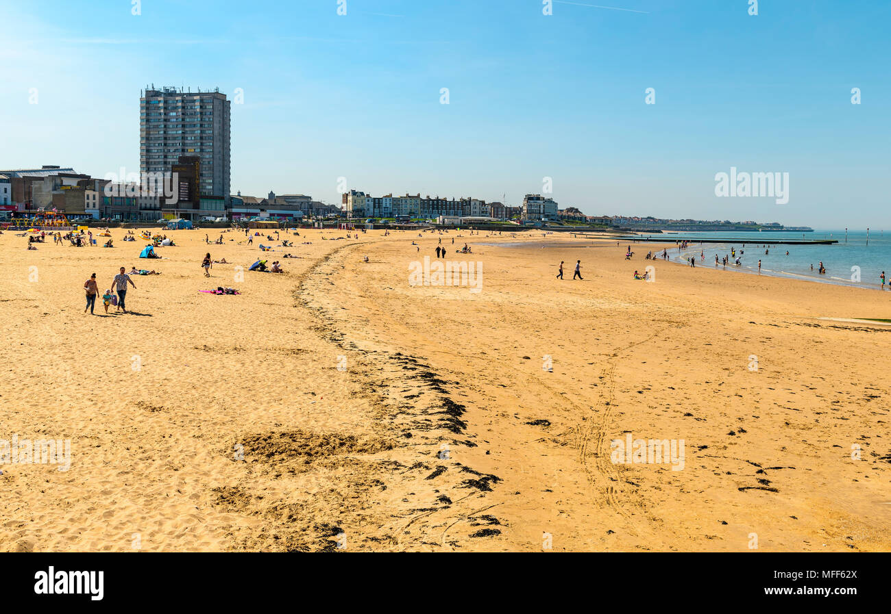 Margate beach with the tide out - Stock Image