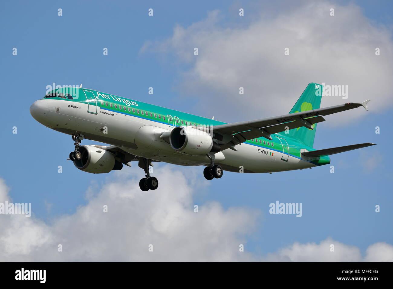 Aer Lingus Airbus A320 Ei Fnj Landing At London Heathrow Airport