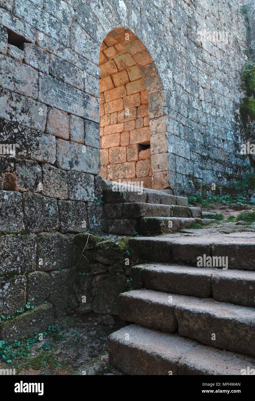 Monsanto castle gate. Castelo Branco, Portugal Stock Photo