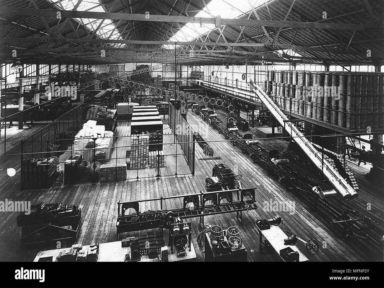 Bird's-eye view of part of Ford Production line at the Highland Park factory c1914. Credit: Ford/World History Archive. - Stock Image