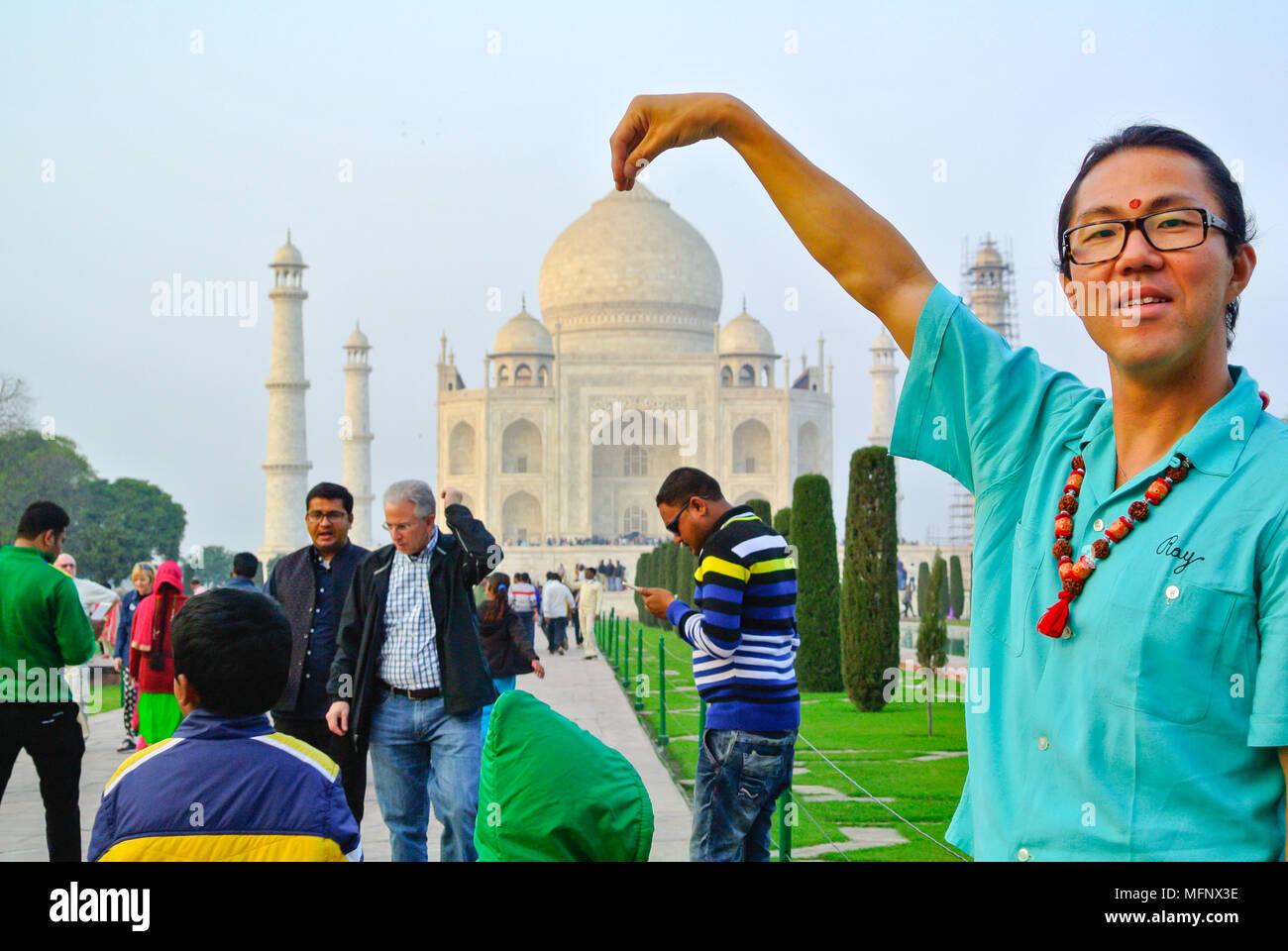 tourist at taj mahal, agra, india - Stock Image