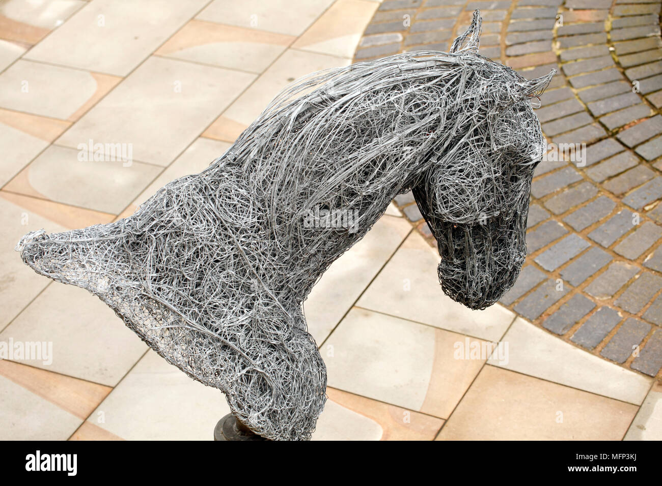 Sculpture Of A Horse Head By Rupert Till In Wire Stock Photo Alamy
