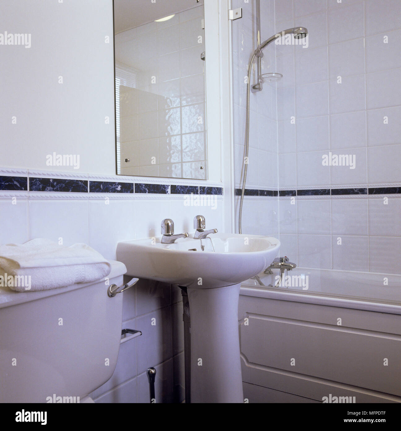 Shower Over Bath Stock Photos & Shower Over Bath Stock Images - Alamy