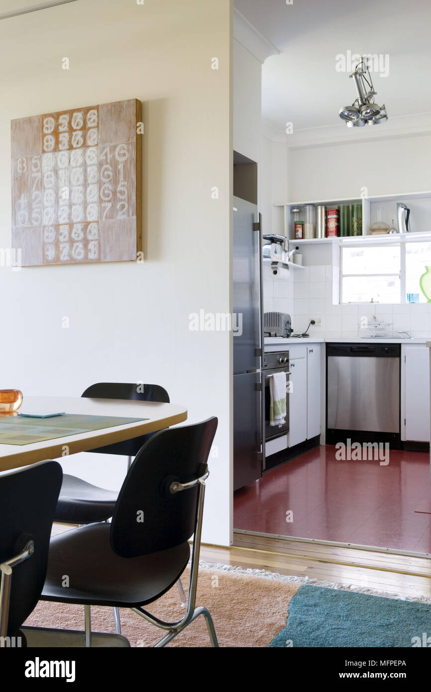Kitchen Unit Doors Stock Photos & Kitchen Unit Doors Stock Images ...
