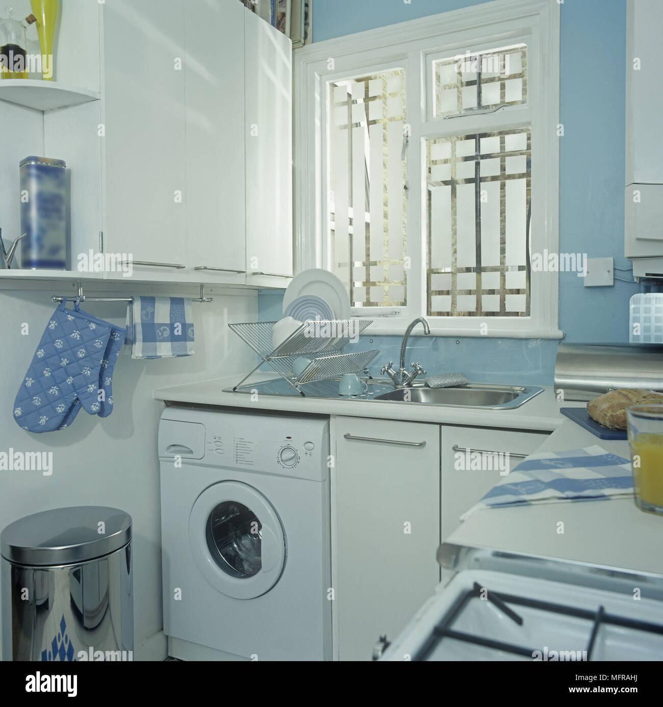 Kitchen Towel Rack Stock Photos & Kitchen Towel Rack Stock Images ...