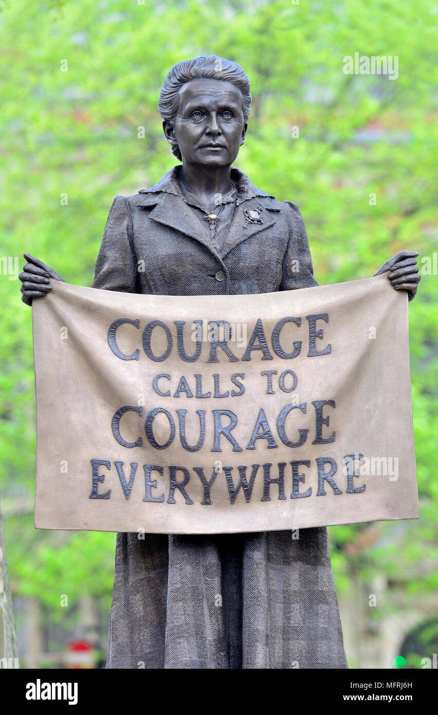 London, England, UK. Dame Millicent Fawcett (1847-1929) statue in Parliament Square (2018: Gillian Wearing) First statue of a woman in Parliament Sq... - Stock Image