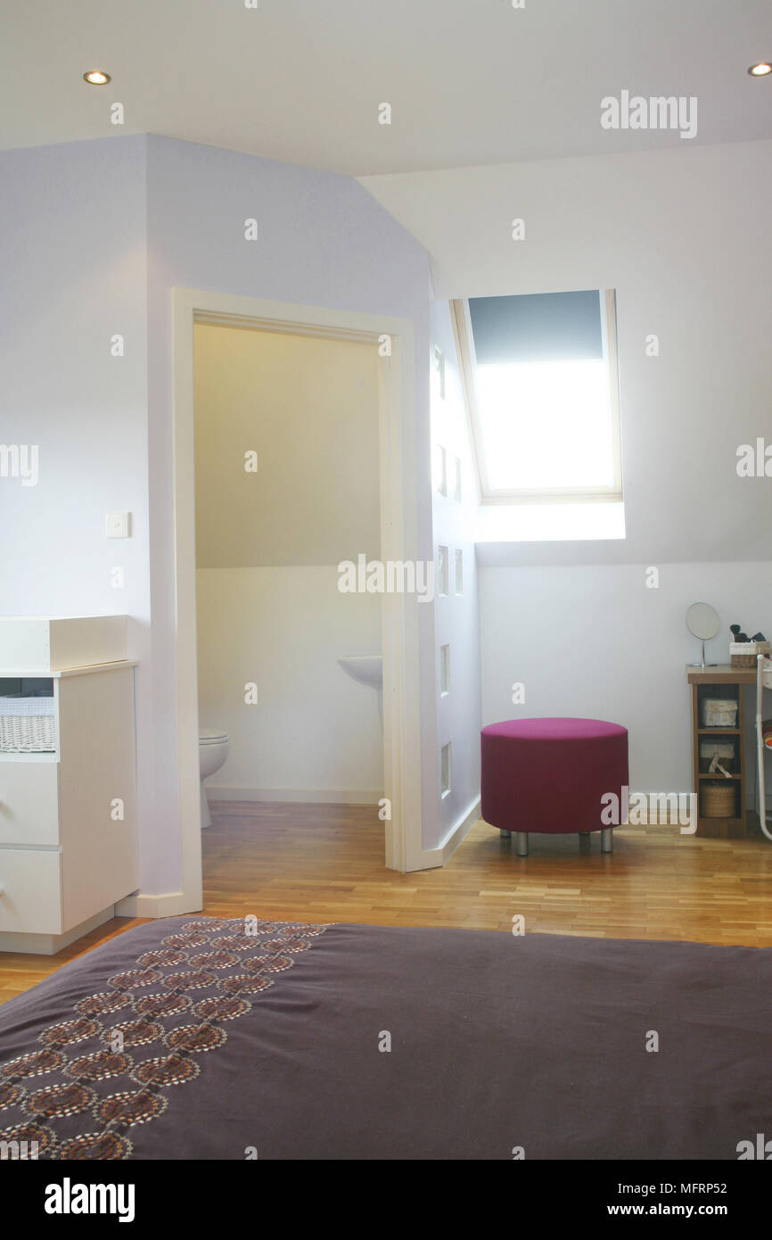 d18fdfb4e6d8 Spacious hallway with door to bathroom - Stock Image