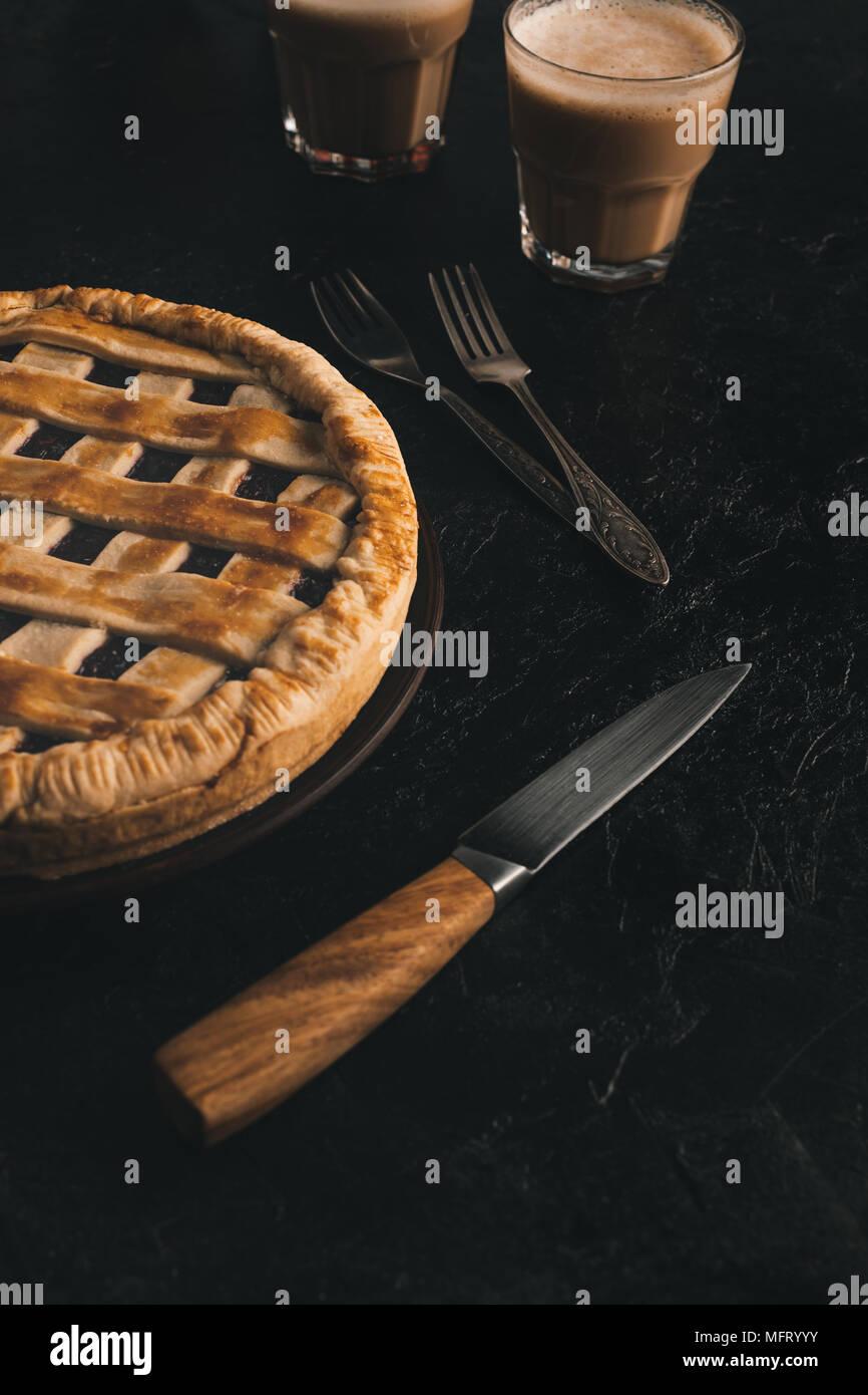 apple pie and silverware - Stock Image