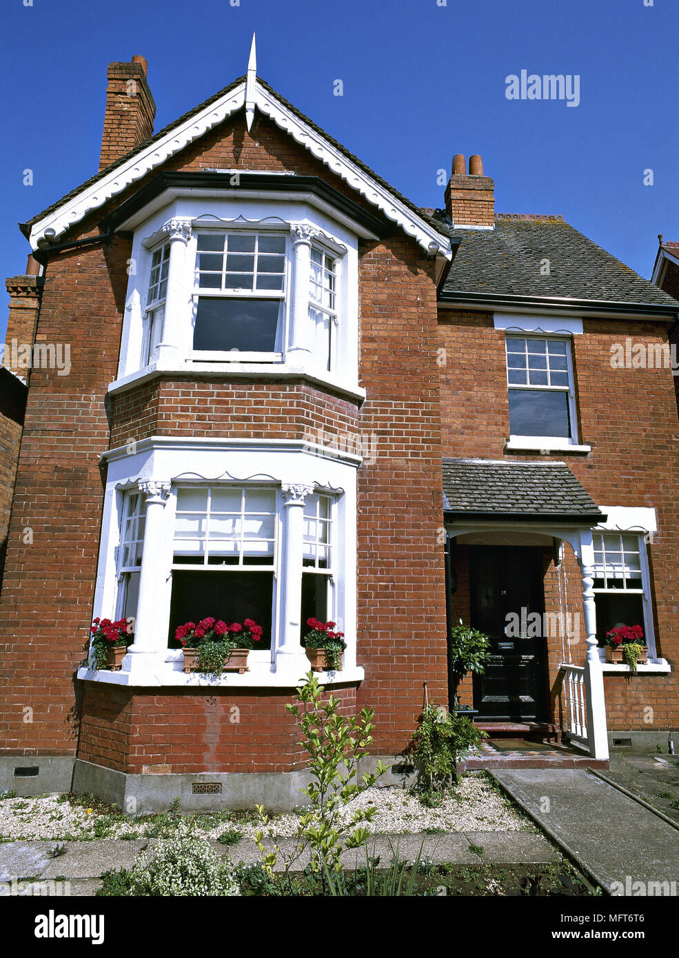 Exterior Victorian Red Brick Town House Bay Windows Exteriors Houses Architecture Stock Photo Alamy