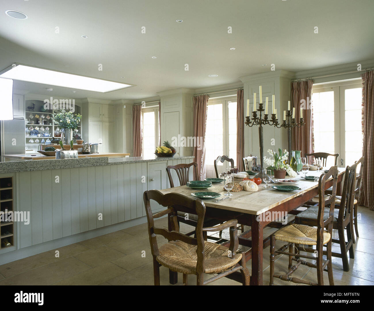 Traditional Country Kitchen Painted Units Central Island Unit Wood Table  Chairs Interiors Kitchens Kitchen Diner
