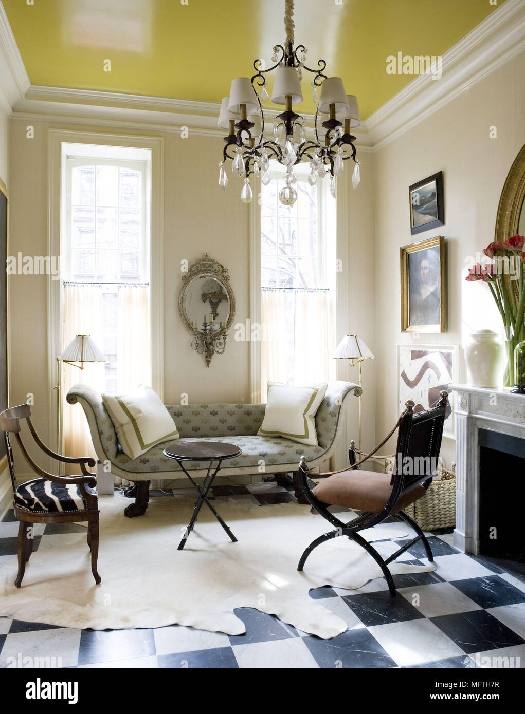 Empire style sofa in traditional style sitting room Stock Photo ...