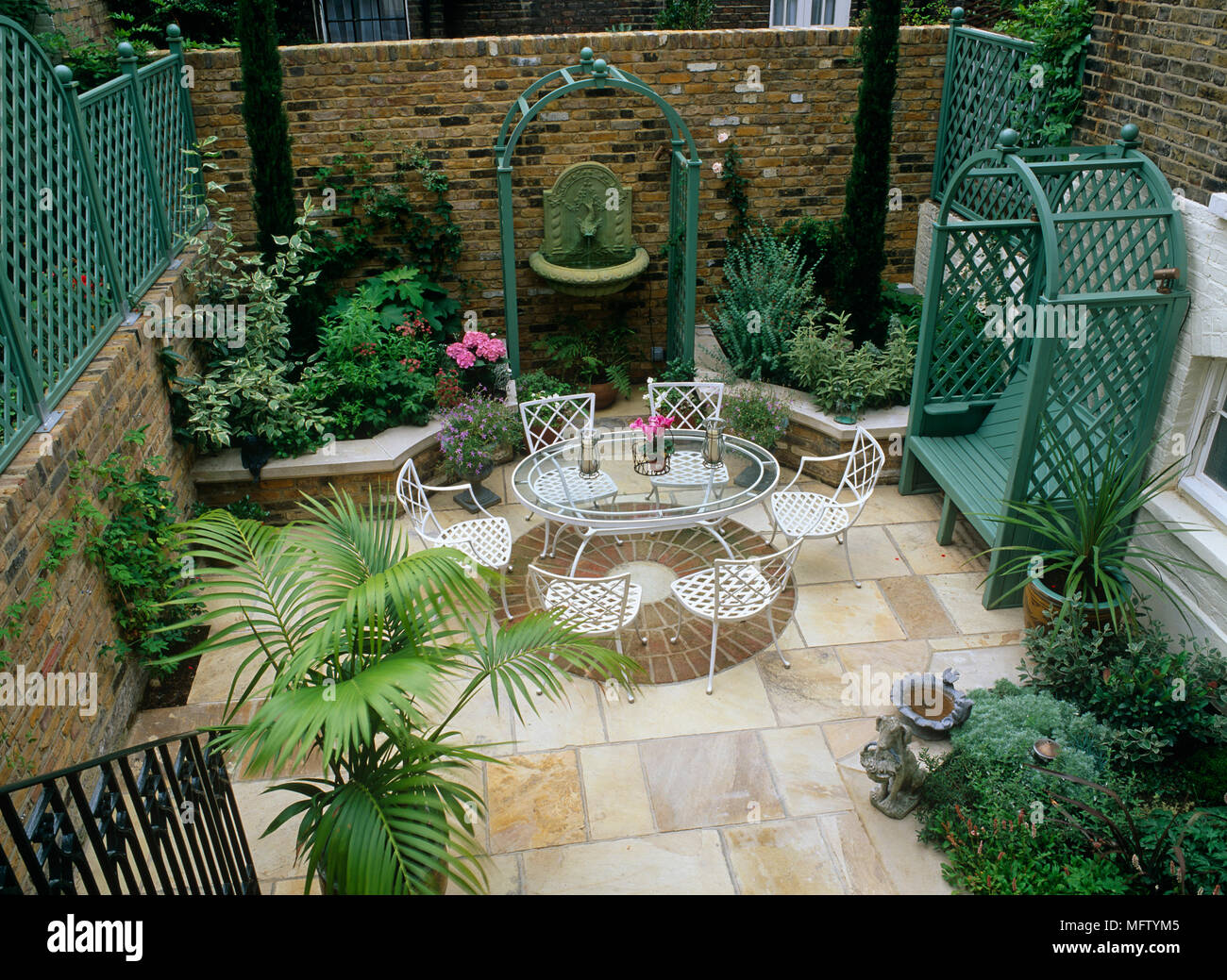 Small Courtyard Garden Uk Stock Photos & Small Courtyard ... on raised water garden, raised long garden, raised deck garden, raised kitchen garden, raised brick garden, raised patio garden, vertical herb garden, raised home garden,