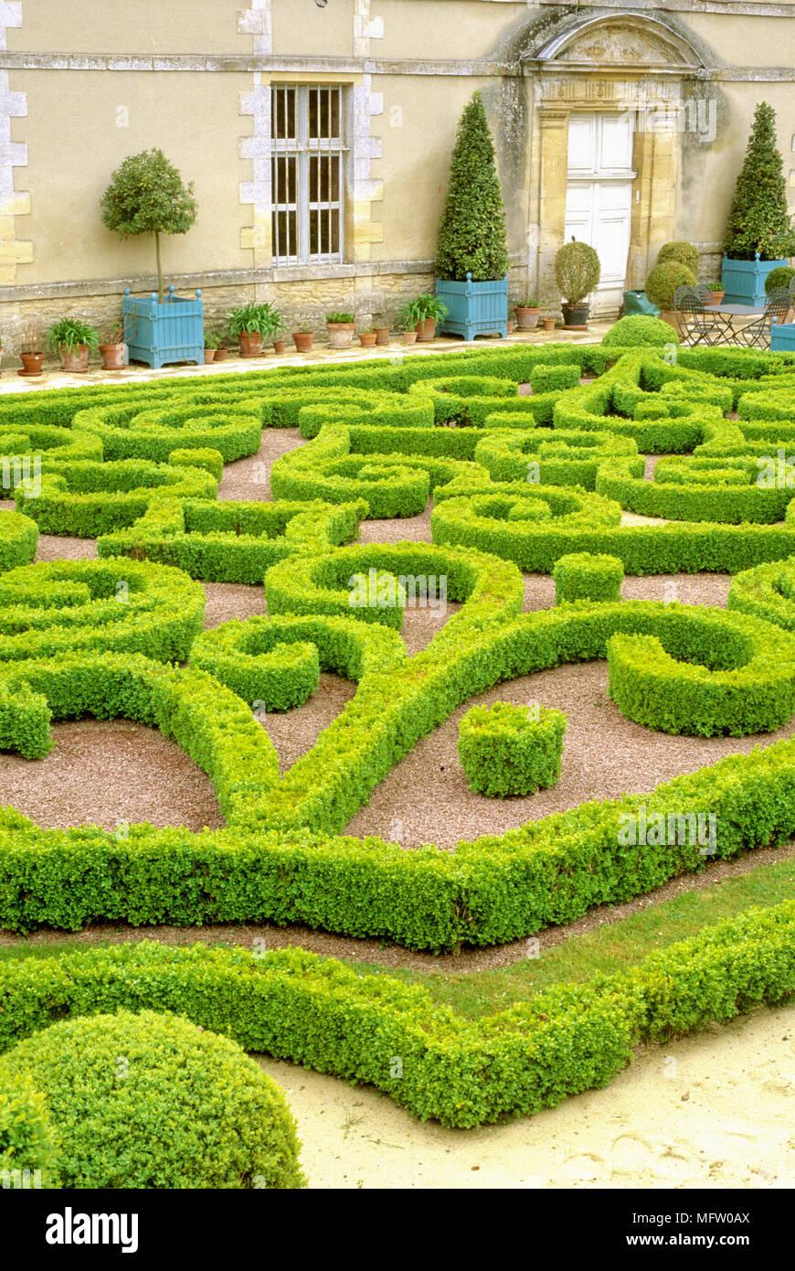 Formal Buxus Topiary Garden Stock Photo Alamy