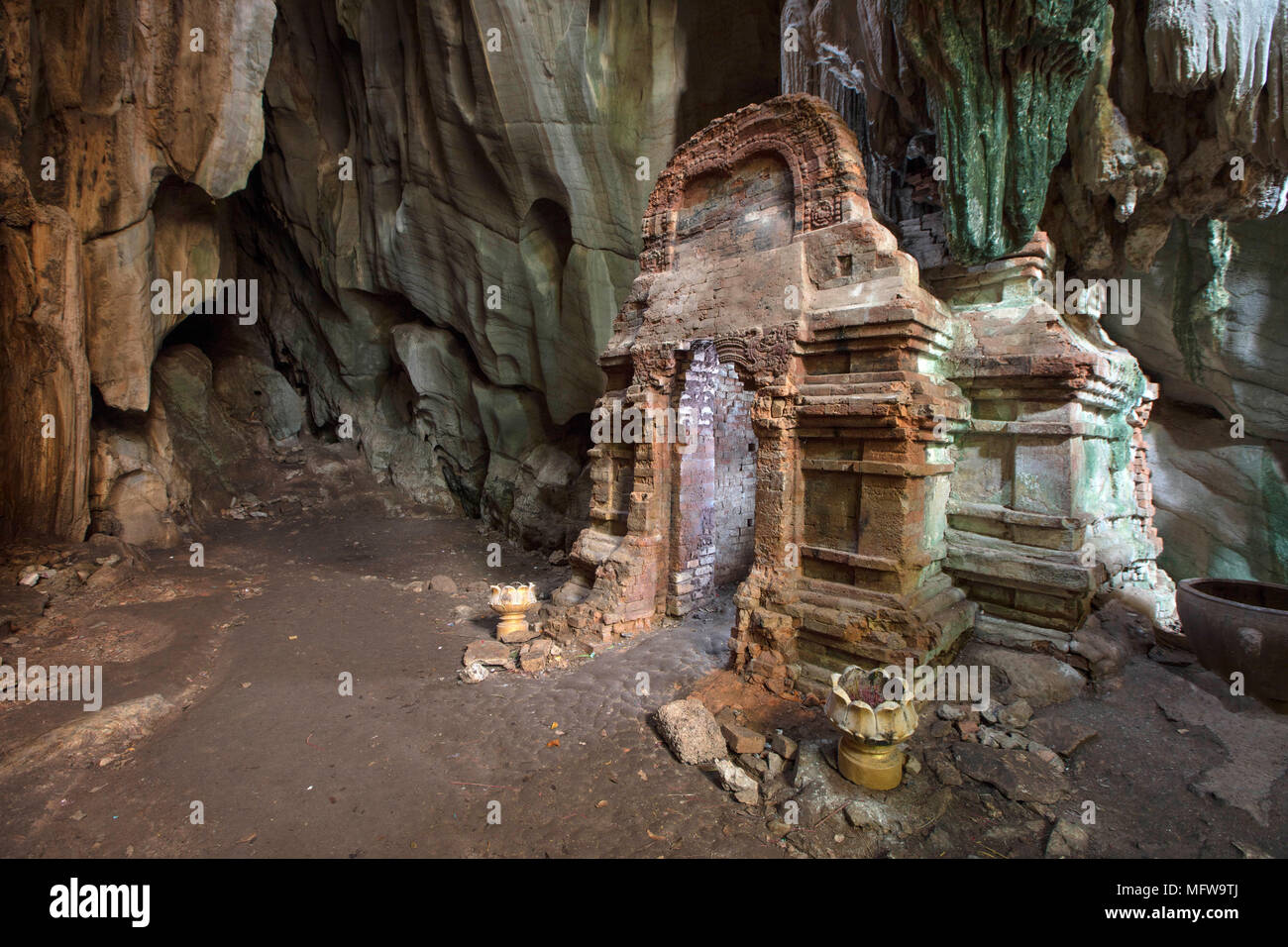 Phnom Chhnork Khmer Hindu cave temple in Kampot province, Cambodia - Stock Image