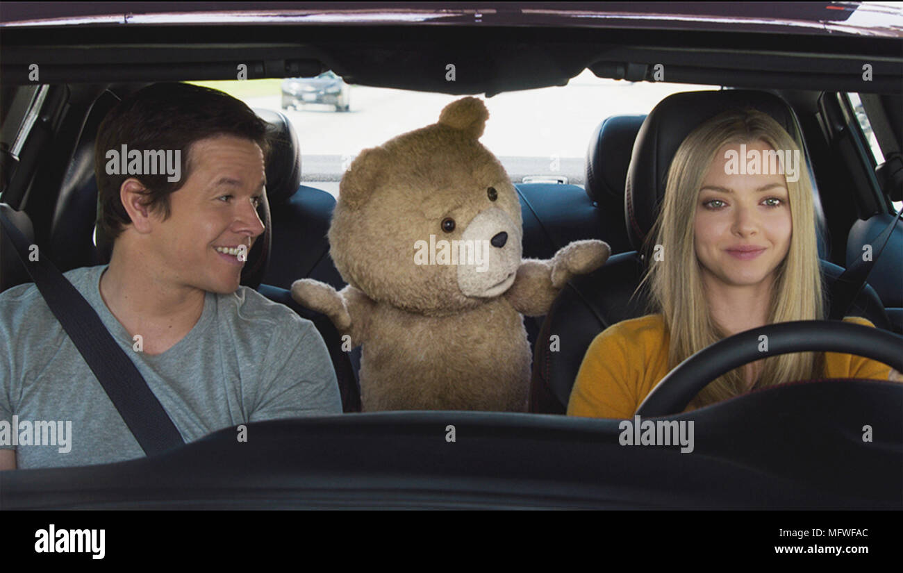 TED 2 2015 Universal Pictures film with from left: Mark Wahlberg, Seth MacFarlane, Amanda Seyfried - Stock Image