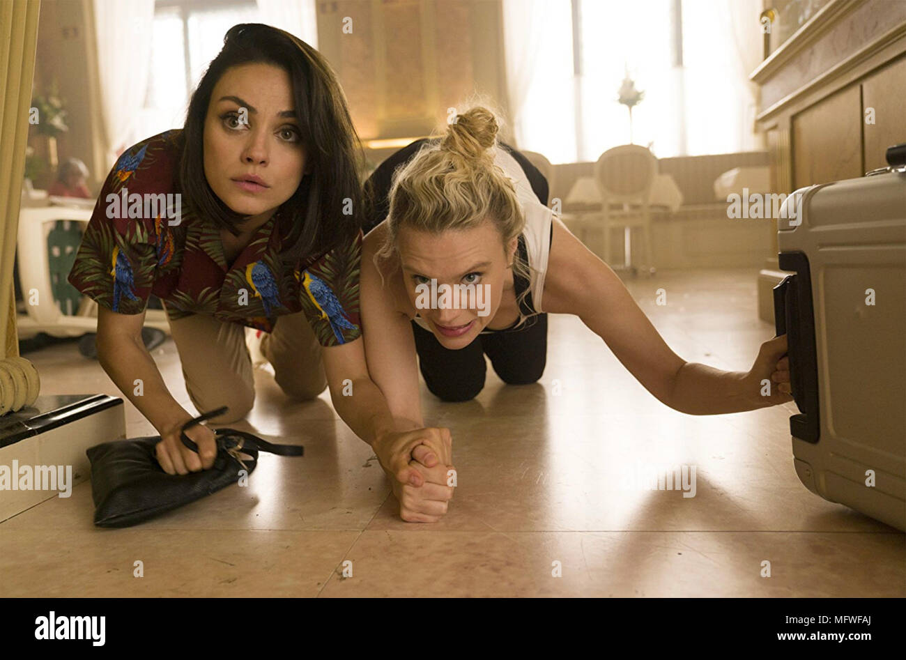THE SPY WHO DUMPED ME 2018 Lionsgate film with Mila Kunis at left and Kate  McKinnon - Stock Image
