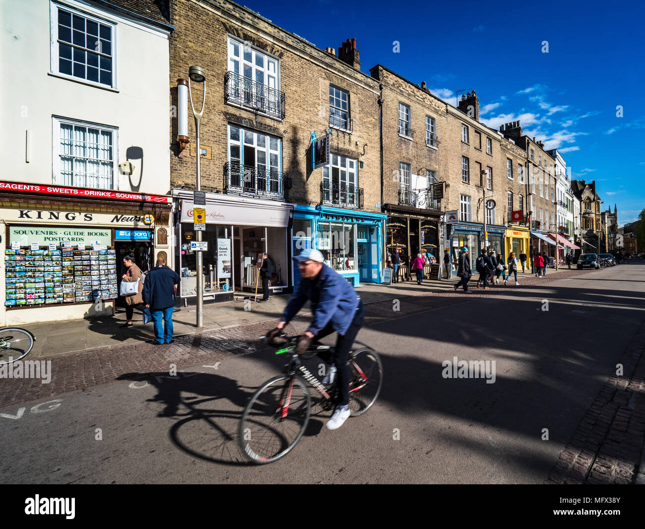 Kings Parade in the historic centre of Cambridge UK, independent retailers opposite Kings College - Stock Image